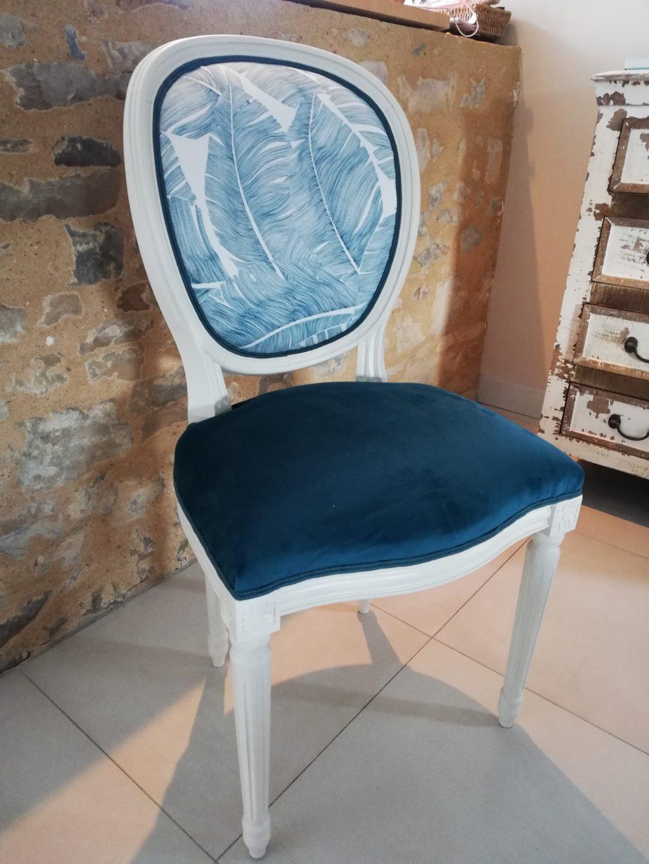 chaise louis XVI médaillon